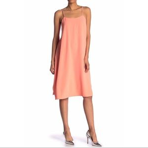 Trina Turk Nara Sleeveless Crepe Shift Dress Med